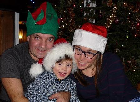 Joyeuses Fêtes de notre petite famille!