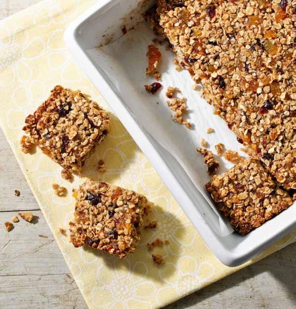 Barres granola aux fruits séchés de Geneviève O'Gleman Photo: Sophie Carrière