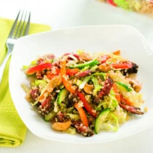 Salade de quinoa à l'asiatique de Geneviève O'Gleman. Photo: Sophie Carrière
